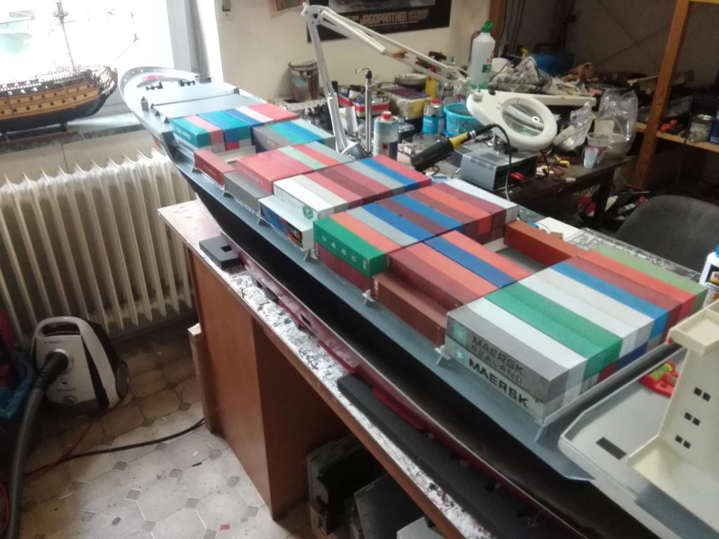 """""""Vorbildgetreues"""" Containerschiff im Maßstab 1/100 Img_2771"""