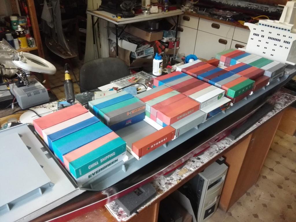 """""""Vorbildgetreues"""" Containerschiff im Maßstab 1/100 Img_2772"""