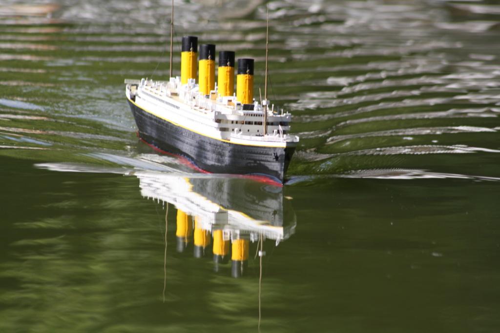 RMS Titanic / Trumpeter, 1:200 - als RC Version - Seite 5 Img_7813