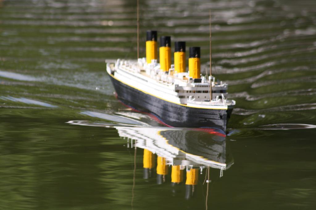 RMS Titanic / Trumpeter, 1:200 - als RC Version - Seite 5 Img_7814
