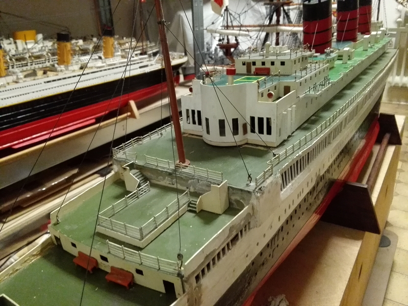 R.M.S. Queen Mary 1936 als RC Modell K-img_20