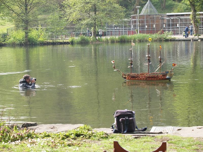 Schiffe und Boote im Wasser  K-p50713