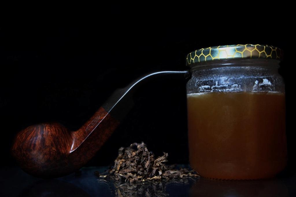 A la Sainte Eugénie petunons en tabagie. Orion12