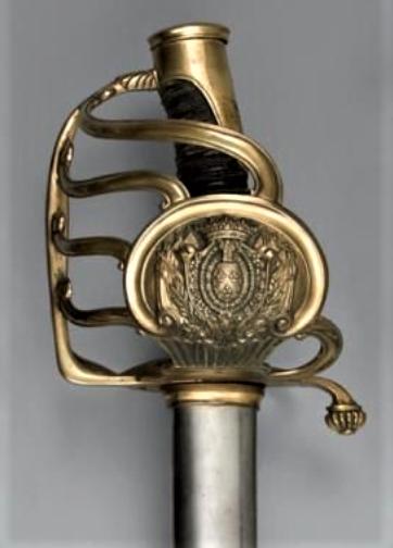 Et un sabre Mle 1822 de la ligne d'officier matriculé de plus !! Berri10