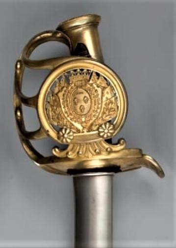 Et un sabre Mle 1822 de la ligne d'officier matriculé de plus !! Orlean10