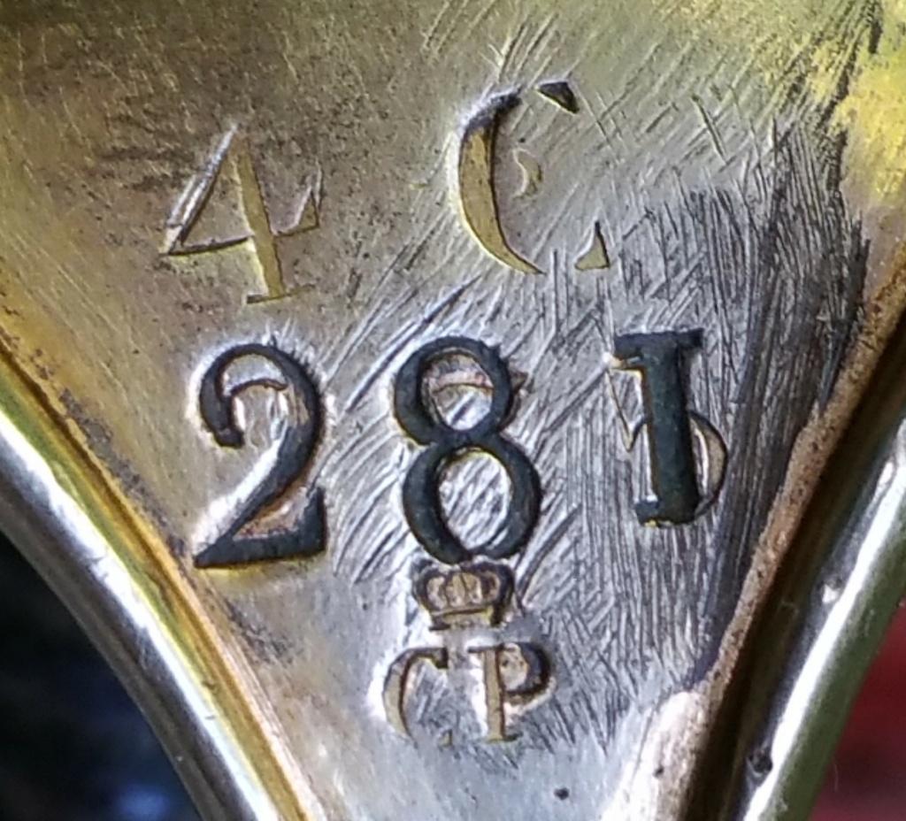 Et un sabre Mle 1822 de la ligne d'officier matriculé de plus !! Refrap10