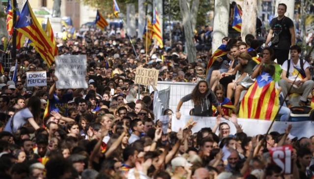 Crida Democràcia | Movilizaciones contra la sentencia del Tribunal Supremo y por la libertad de los presos políticos - Página 2 15059910