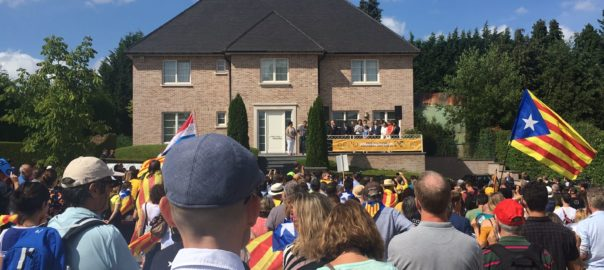 El retorno del president exiliado, Antoni Sànchez, a la Casa de la República  Whatsa10