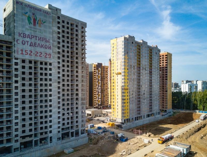 """На ЖК """"Летний сад"""" - начался монтаж фасадных конструкций корпусов второй очереди строительства 1313"""