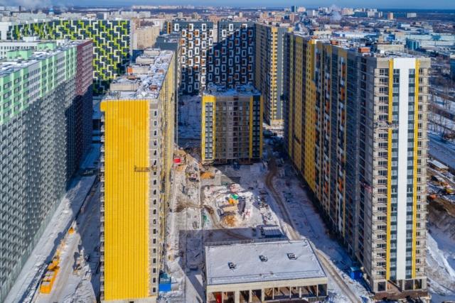 """На ЖК """"Летний сад"""" - начался монтаж фасадных конструкций корпусов второй очереди строительства - Страница 3 2015111"""