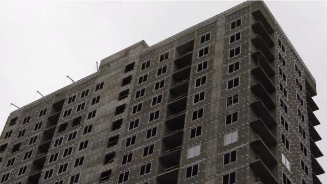 """На ЖК """"Летний сад"""" - начался монтаж фасадных конструкций корпусов второй очереди строительства - Страница 2 411"""