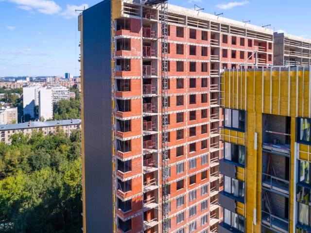 """На ЖК """"Летний сад"""" - начался монтаж фасадных конструкций корпусов второй очереди строительства 414"""