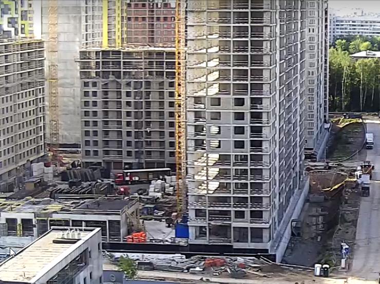 """На ЖК """"Летний сад"""" - начался монтаж фасадных конструкций корпусов второй очереди строительства - Страница 2 7810"""