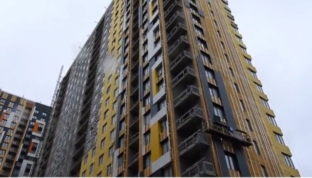 """На ЖК """"Летний сад"""" - начался монтаж фасадных конструкций корпусов второй очереди строительства - Страница 2 910"""