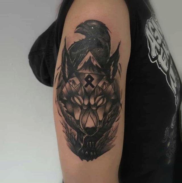 Татуировки с Рунами (подборка фото) - Страница 10 Arm-no11