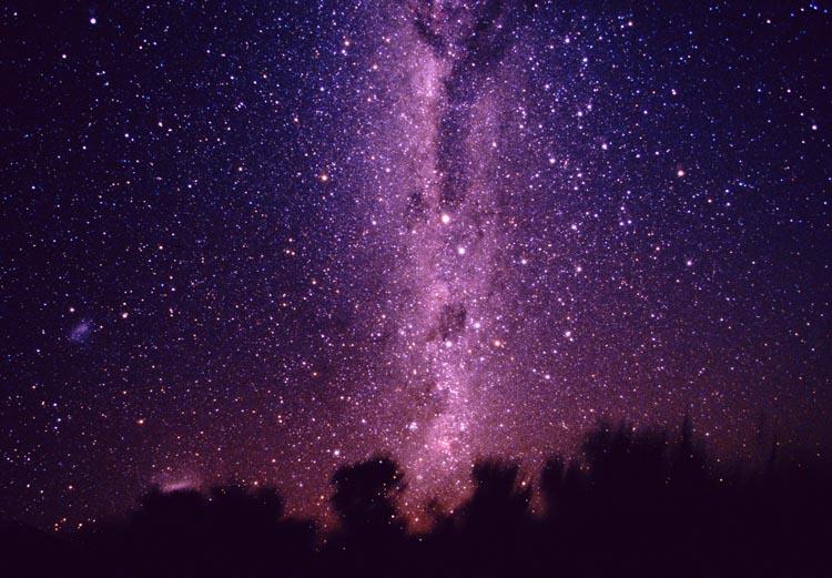можно эффект космического неба на фото даже