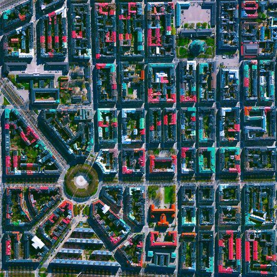 Ovi gradovi izgrađeni su planski, a iz svemira izgledaju - apsolutno nevjerojatno! - Page 2 06595810