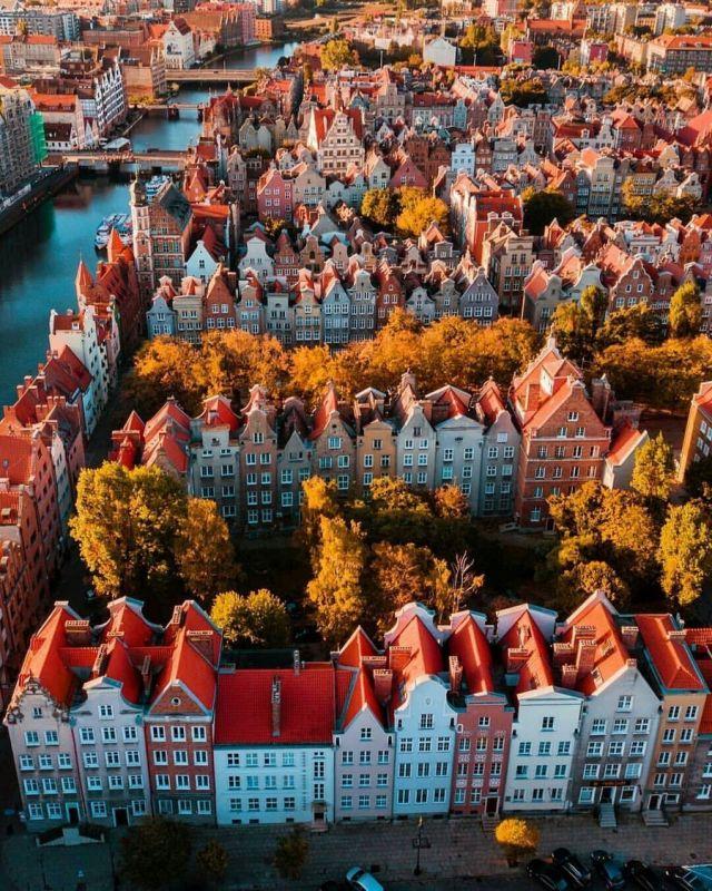 Ovi gradovi izgrađeni su planski, a iz svemira izgledaju - apsolutno nevjerojatno! - Page 3 15398914