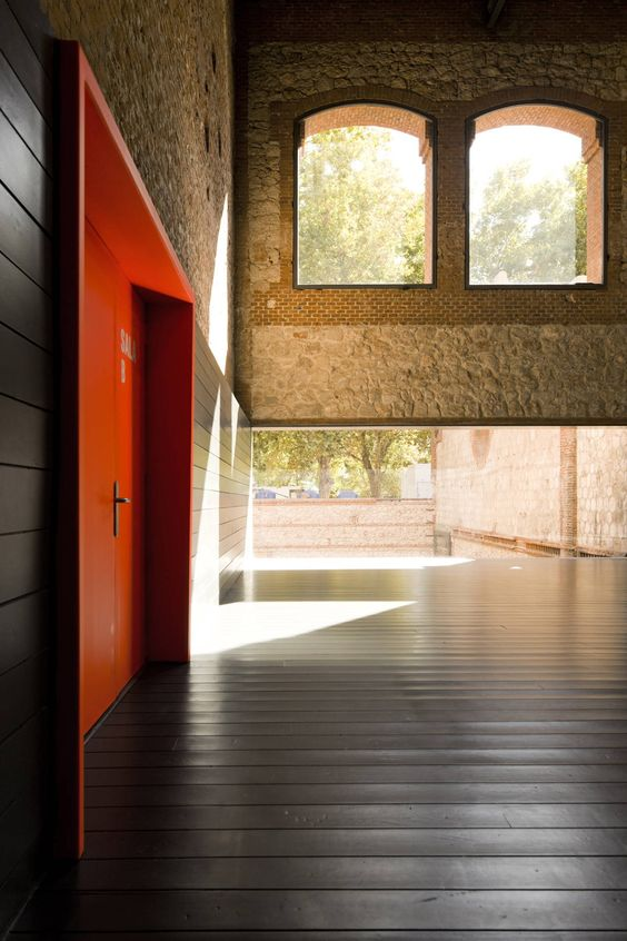 Arhitektura,inspiracija fotografa - Page 12 1c22df10