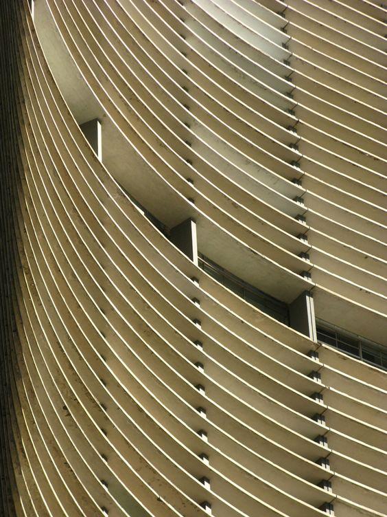 Arhitektura,inspiracija fotografa - Page 3 241e2e10