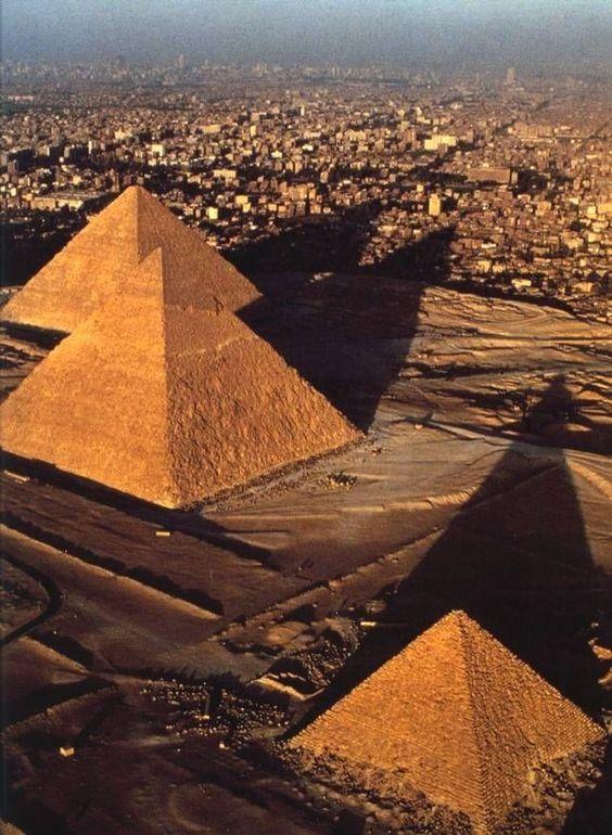 Ovi gradovi izgrađeni su planski, a iz svemira izgledaju - apsolutno nevjerojatno! - Page 3 3ba12310