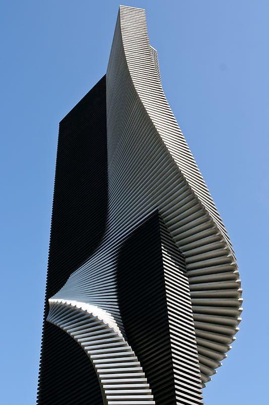 Arhitektura,inspiracija fotografa - Page 12 3d949f10