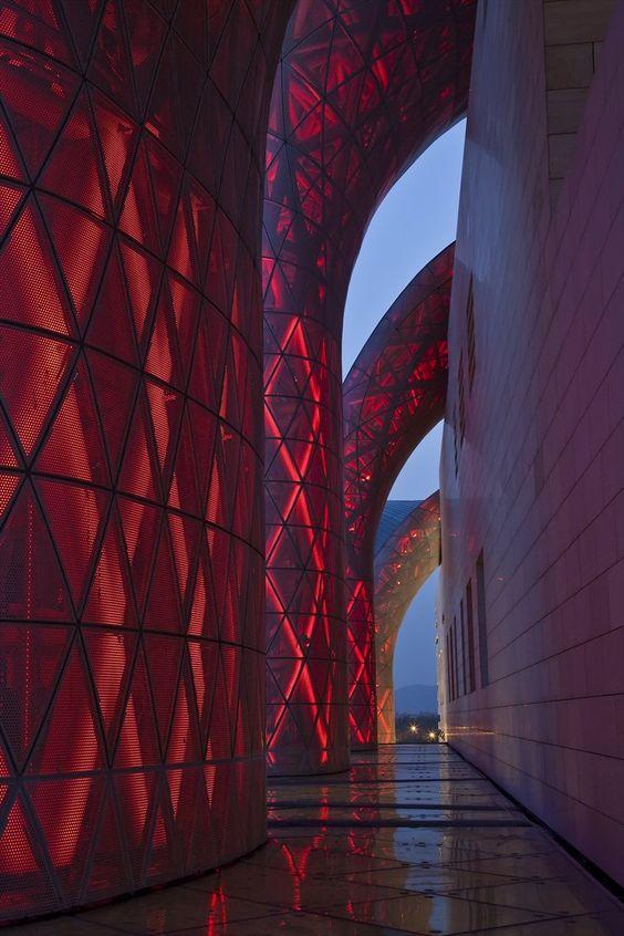 Arhitektura,inspiracija fotografa - Page 10 458e5910