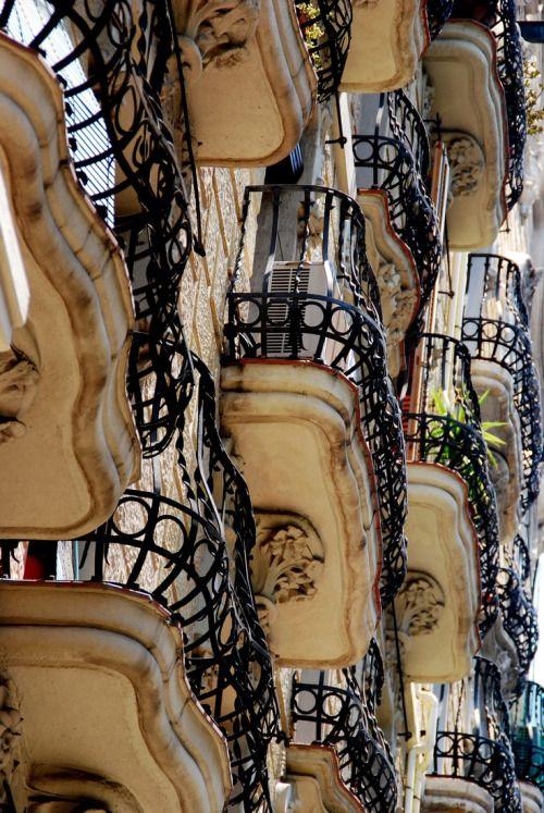 Arhitektura,inspiracija fotografa - Page 4 A2f34d10