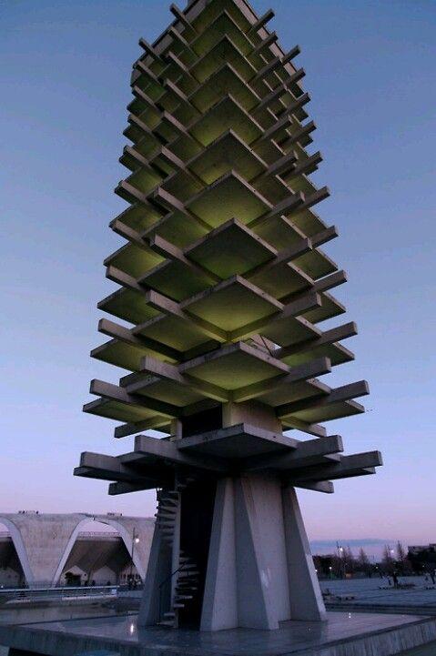 Moderna arhitektura - Page 3 A9b1b710