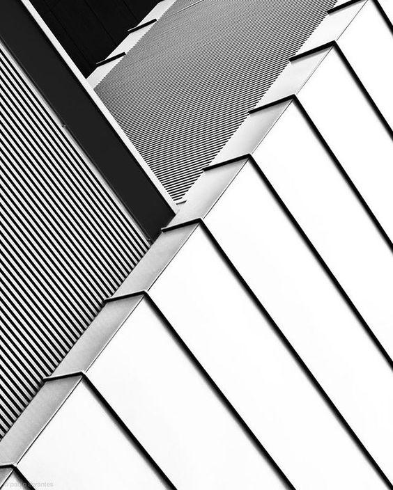 Arhitektura,inspiracija fotografa - Page 3 E2b90010