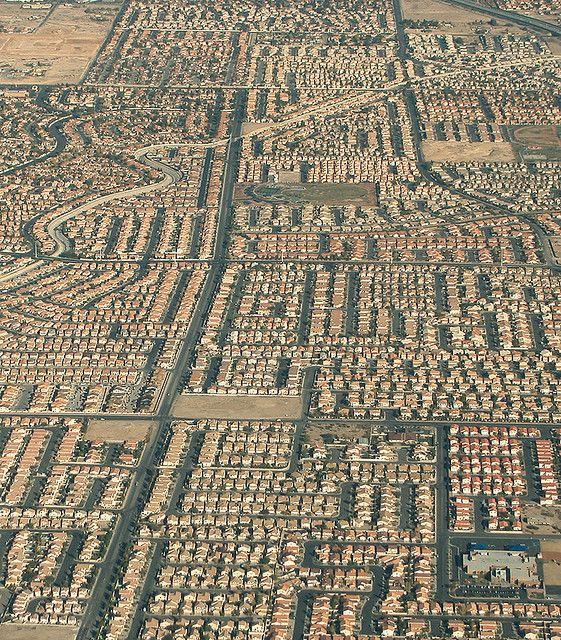 Ovi gradovi izgrađeni su planski, a iz svemira izgledaju - apsolutno nevjerojatno! - Page 3 E4fc5510