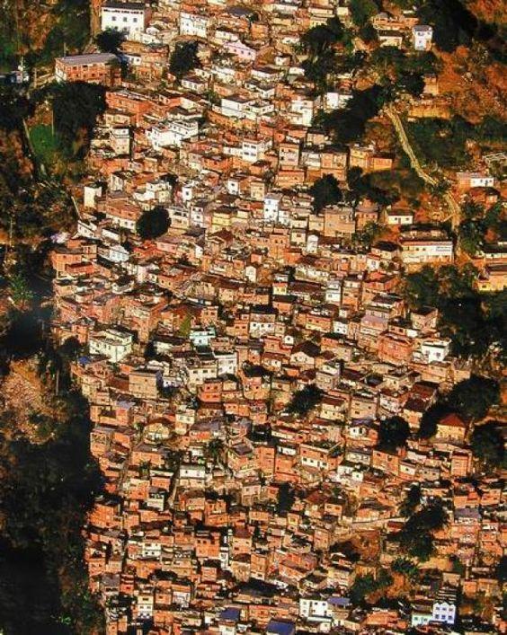 Ovi gradovi izgrađeni su planski, a iz svemira izgledaju - apsolutno nevjerojatno! - Page 2 F88afb10
