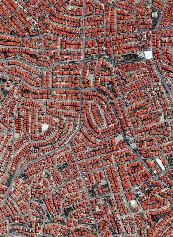 Ovi gradovi izgrađeni su planski, a iz svemira izgledaju - apsolutno nevjerojatno! - Page 2 Fe5c6b10