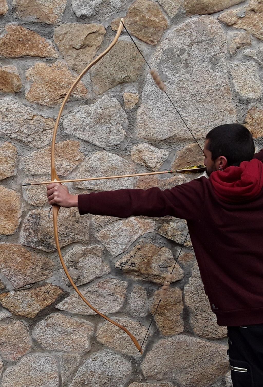 Arco recurvo estatico de robinia 20190319