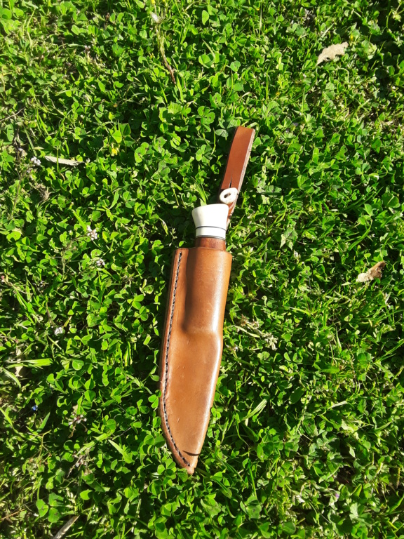 Un par de cuchillos hechos con Iurde 20190417