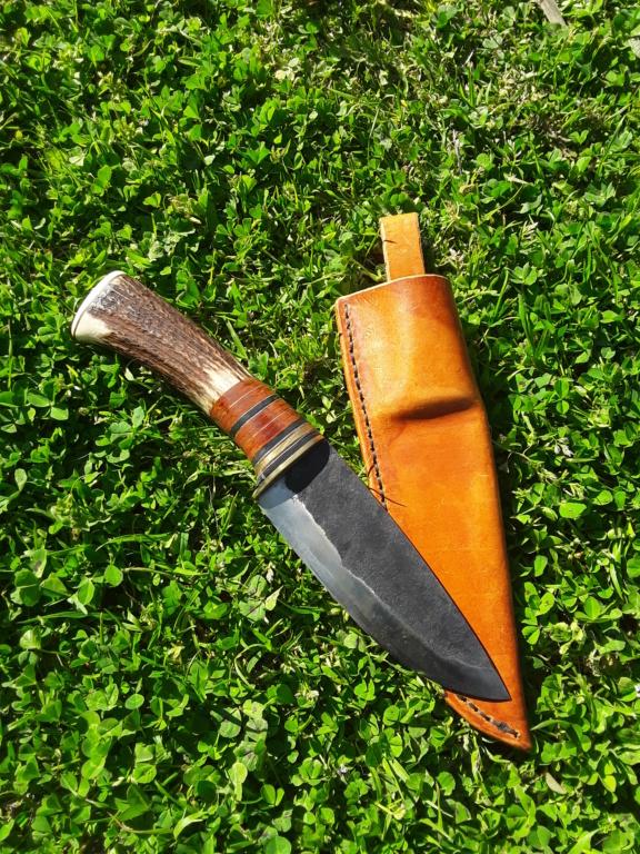 Un par de cuchillos hechos con Iurde 20190420