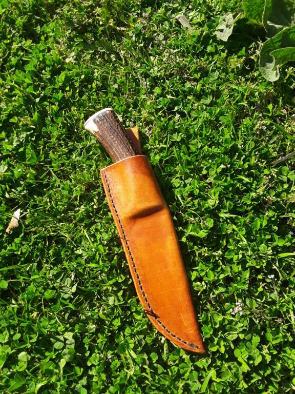 Un par de cuchillos hechos con Iurde 20190421