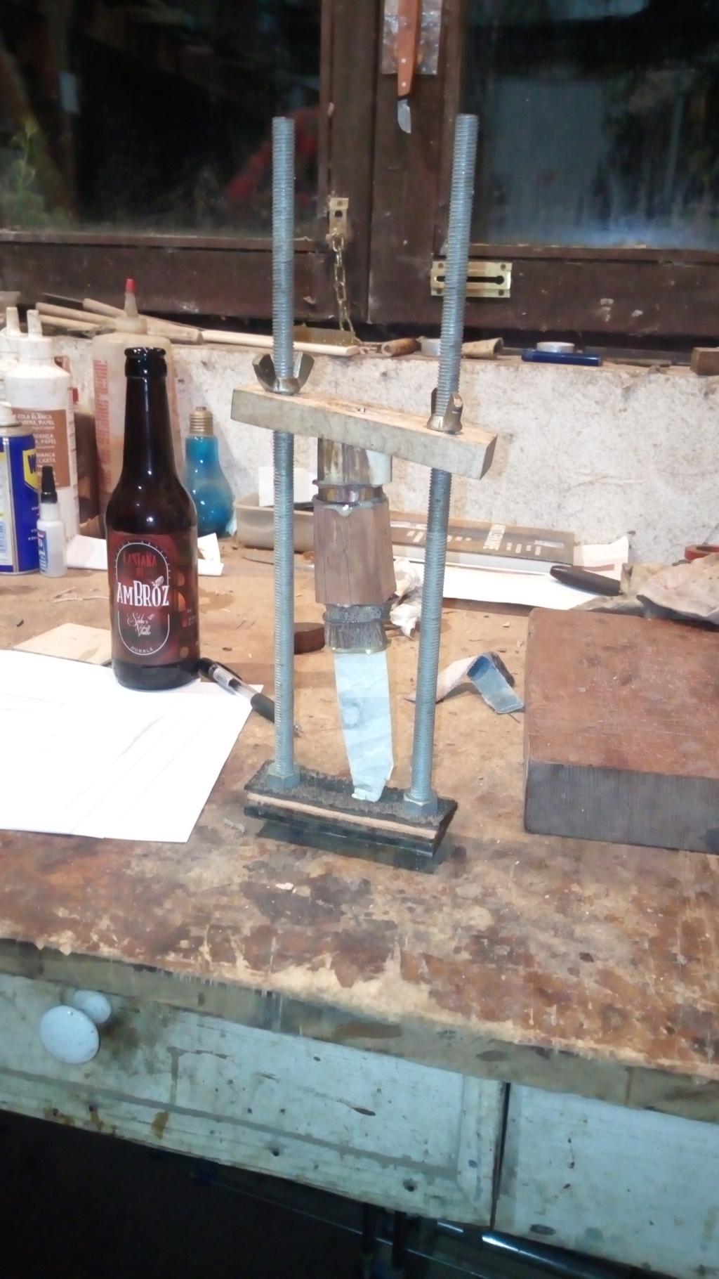 Un par de cuchillos hechos con Iurde Img_2031