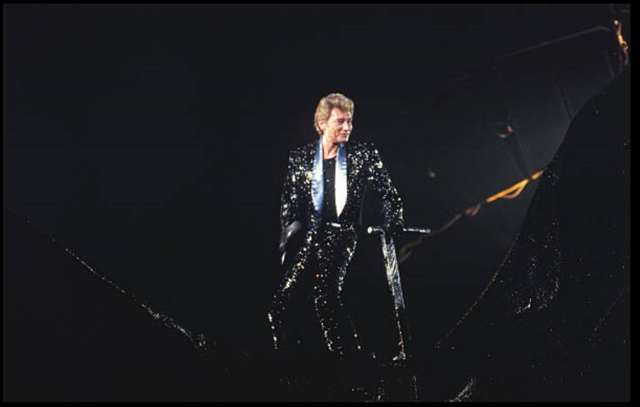 LES CONCERTS DE JOHNNY 'LE ZENITH DE PARIS 1984' 04_nov12