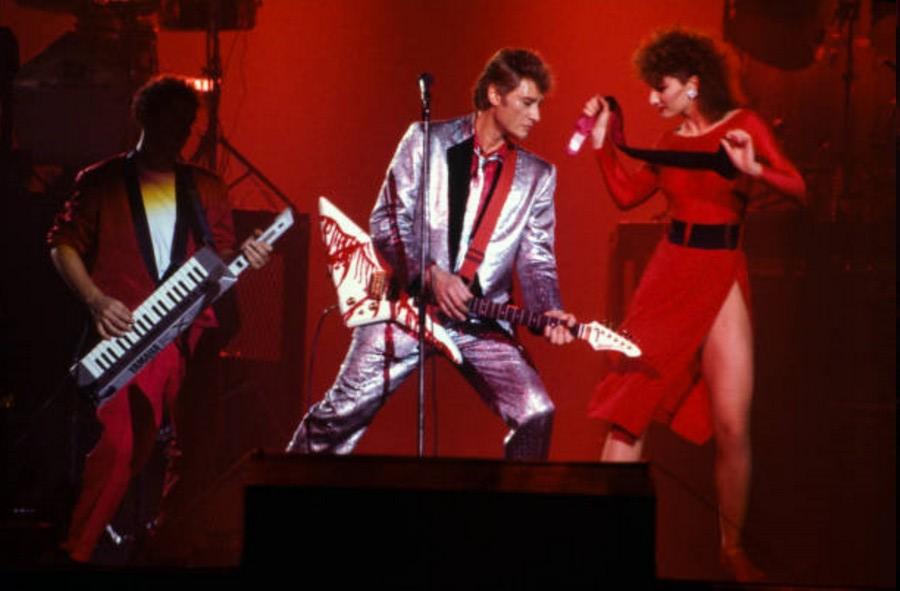 LES CONCERTS DE JOHNNY 'LE ZENITH DE PARIS 1984' 06_nov10