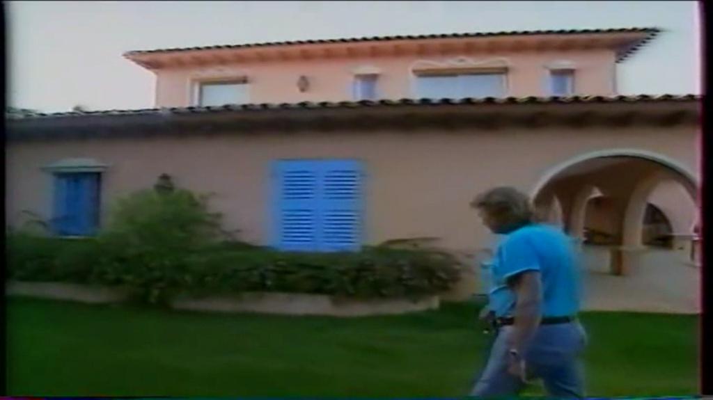 PROPRIETE OU A RESIDE JOHNNY HALLYDAY ( 2/10 ) 'LA LORADA' ( 1990-2000 ) 10210