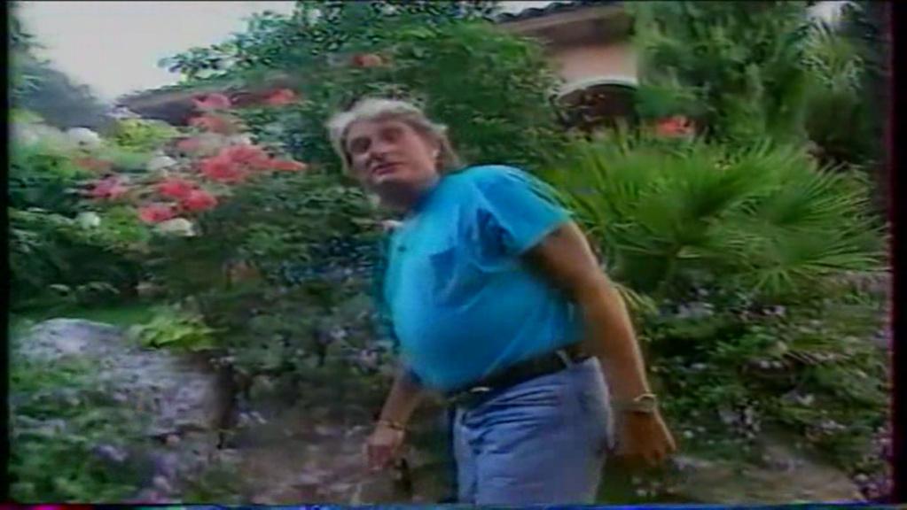 PROPRIETE OU A RESIDE JOHNNY HALLYDAY ( 2/10 ) 'LA LORADA' ( 1990-2000 ) 10510