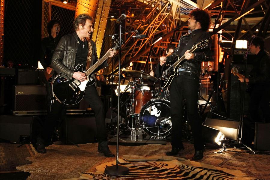 LES CONCERTS DE JOHNNY 'LA TOUR EIFFEL, PARIS 2011' 11-g0110