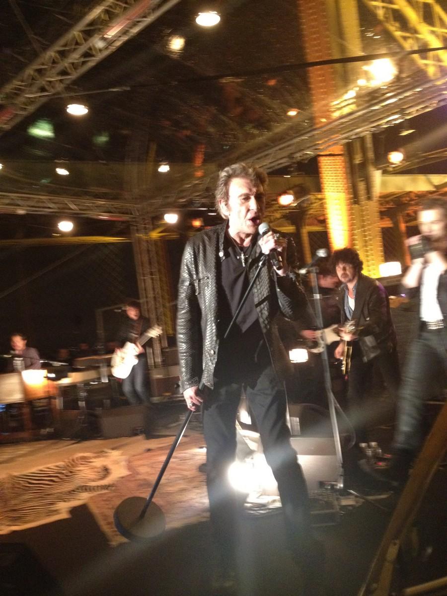 LES CONCERTS DE JOHNNY 'LA TOUR EIFFEL, PARIS 2011' 11-g0112