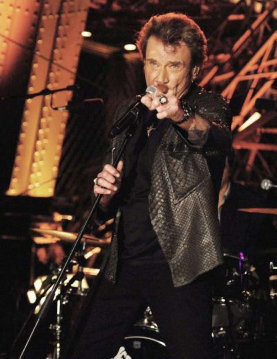 LES CONCERTS DE JOHNNY 'LA TOUR EIFFEL, PARIS 2011' 11-g0116