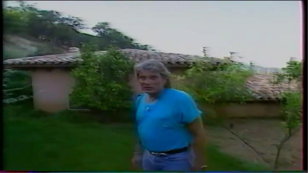 PROPRIETE OU A RESIDE JOHNNY HALLYDAY ( 2/10 ) 'LA LORADA' ( 1990-2000 ) 11011