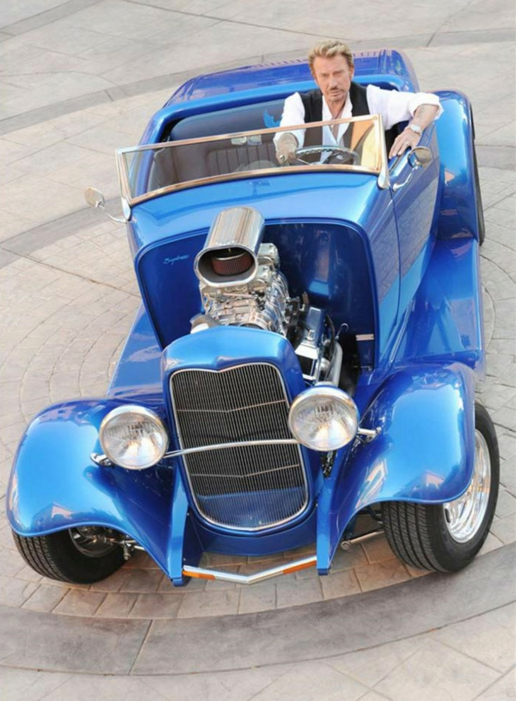 HOT ROD BLEU ELECTRIQUE DE JOHNNY HALLYDAY ( 2008 ) 12717510