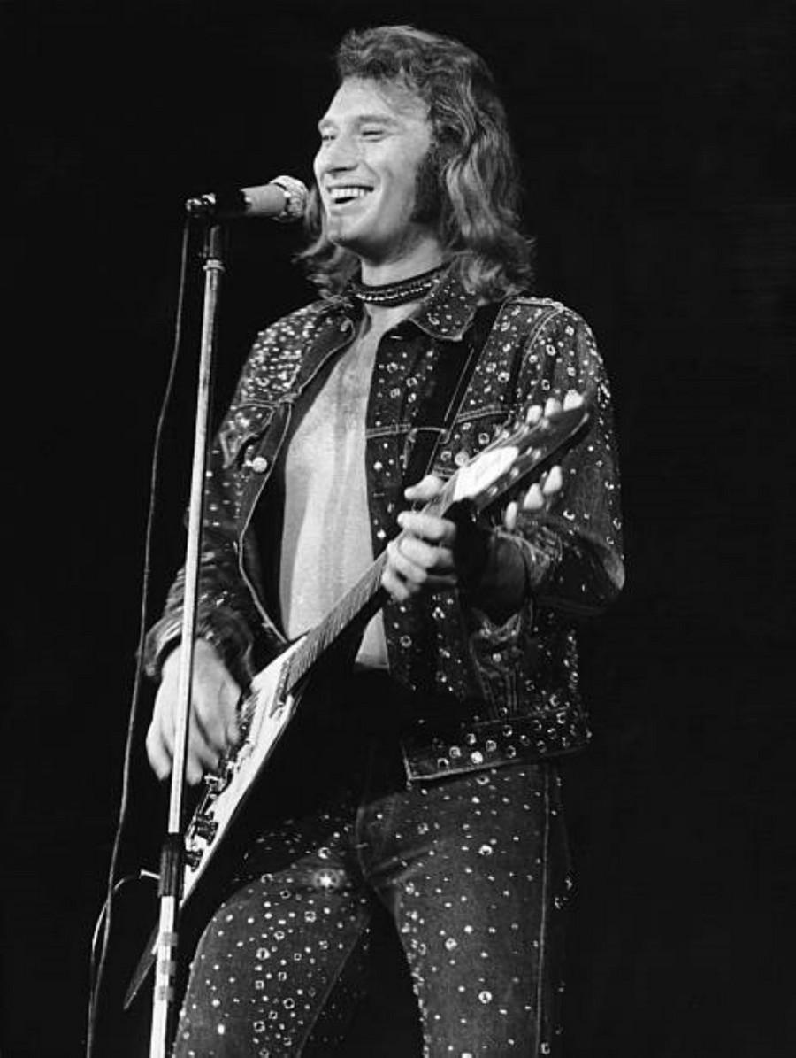 LES CONCERTS DE JOHNNY 'PALAIS DES SPORTS 1971' 1971_p13