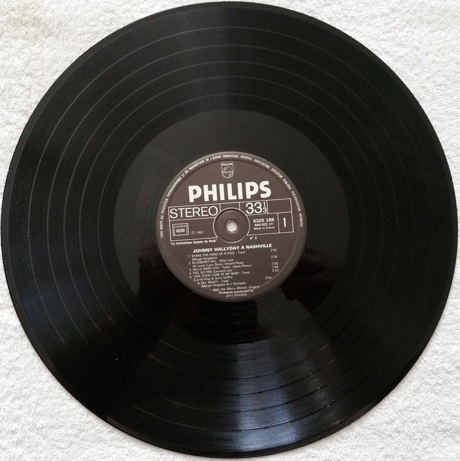 JOHNNY HALLYDAY A NASHVILLE ( 33 TOURS )( TOUTES LES EDITIONS )( 1968 - 1982 ) 1976_j11
