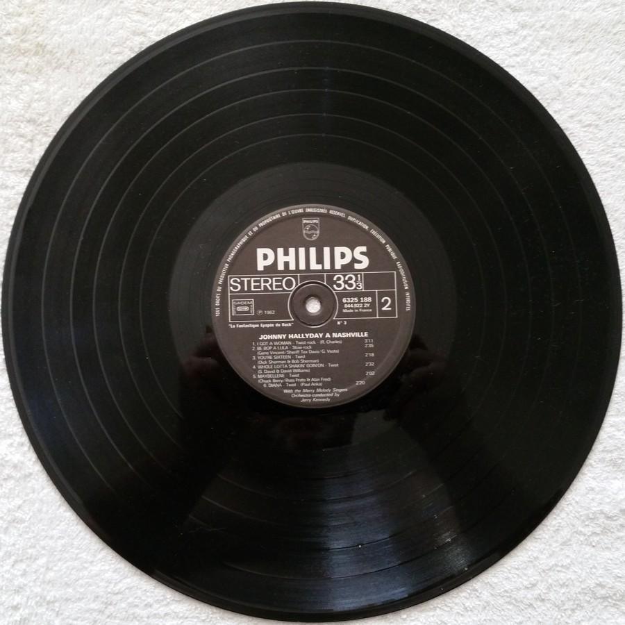 JOHNNY HALLYDAY A NASHVILLE ( 33 TOURS )( TOUTES LES EDITIONS )( 1968 - 1982 ) 1976_j13